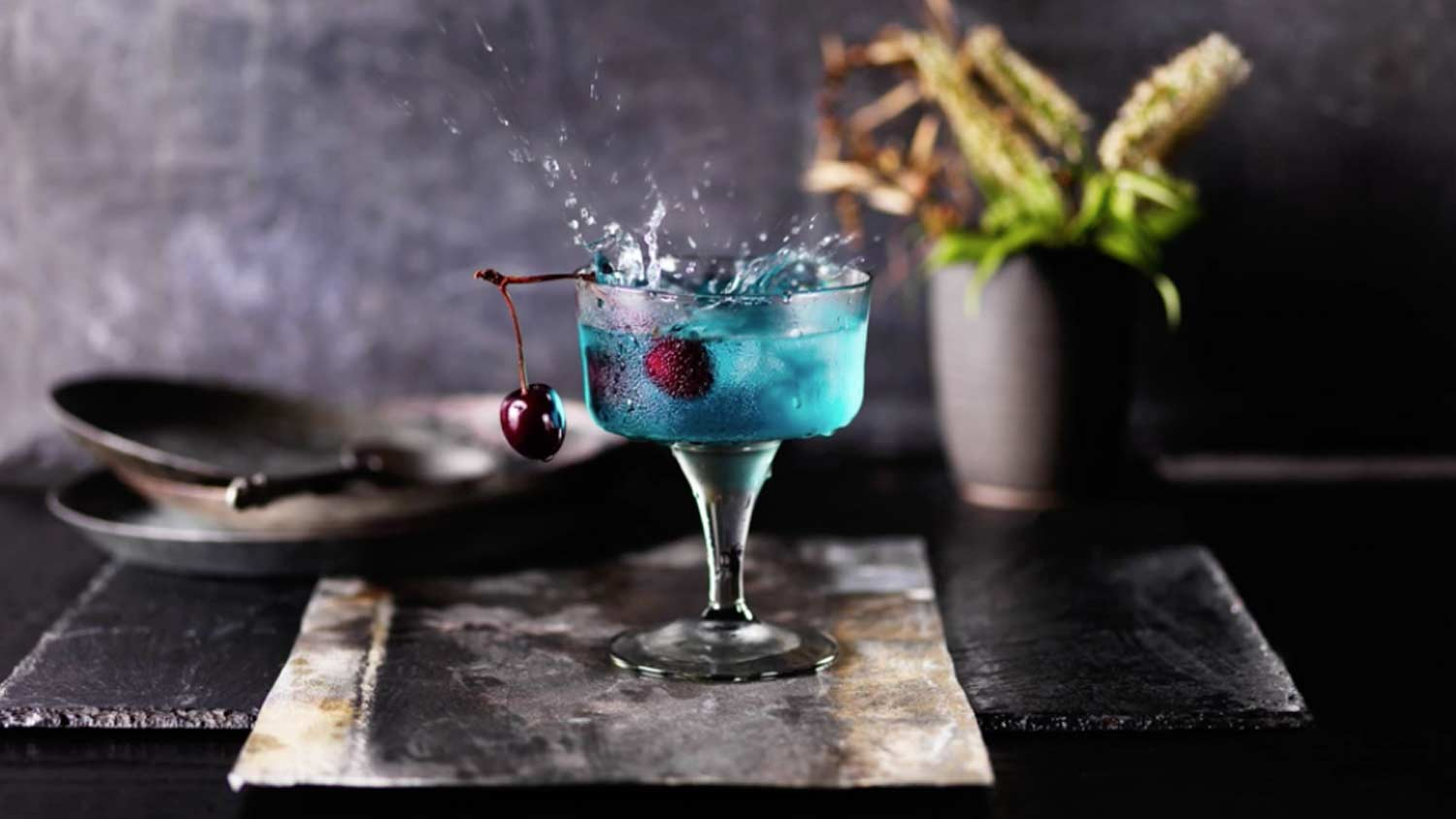 Snapper-Films---Directors---Karen-Thomas---Still-Photography---Blue-Cocktail---Landscape